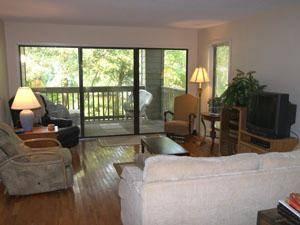 Center Court Villas Living Room